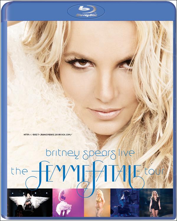 . Britney quitte la salle de concert de Stockholm en Suède, le 16 octobre. .
