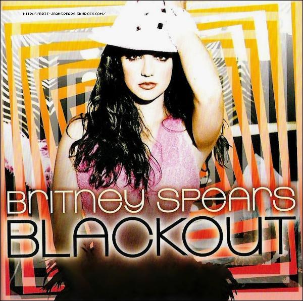 """. Nouveau tweet de Britney, accompagné d'une photo : """"Marc Delcore et Simon Ellis sont les directeurs musicaux du show Femme Fatale. Ils sont avec moi depuis toujours. -Brit"""" ."""