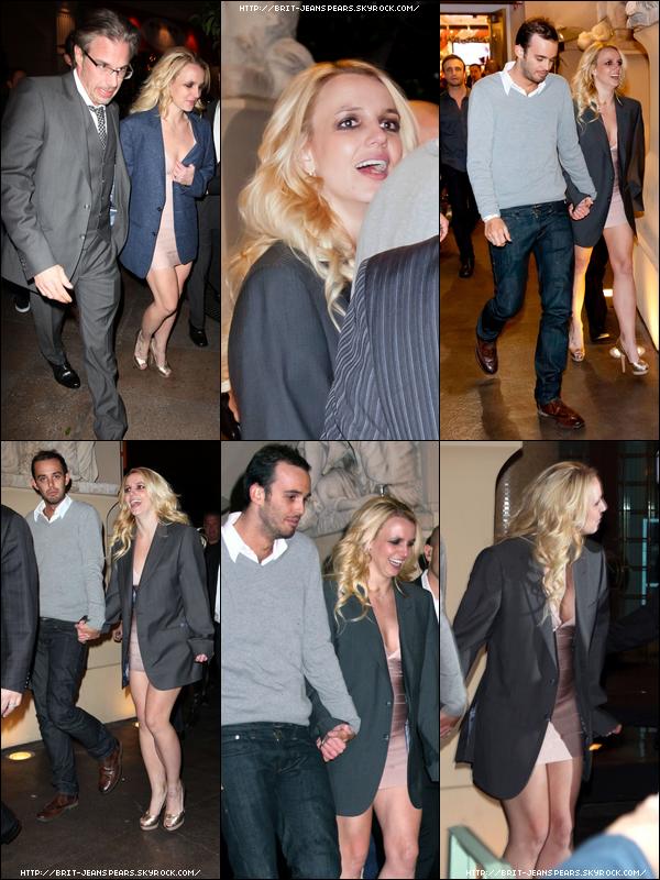 . Britney et Jason quittent le château Night Club à Las Vegas, le 16 décembre. .
