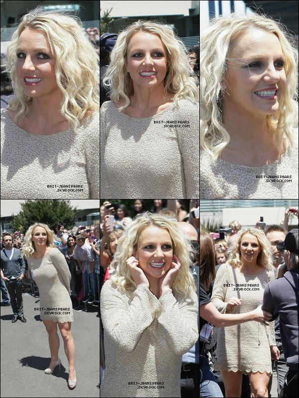 . Britney était encore à San Francisco pour le 3ème jour d'auditions, le 18 juin. .
