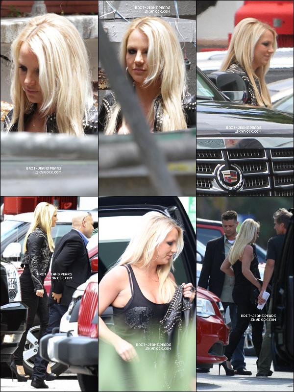 . Britney arrivait au Television Critics Association Telecast  à Miami, le 23 juillet. .