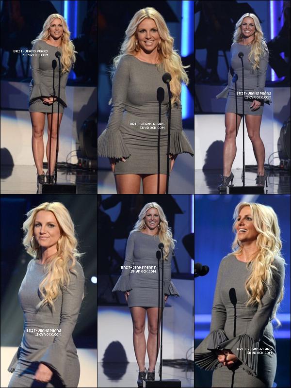 . Britney et Jason étaient au Grammy Salute to Whitney Houston à LA, le 11 octobre. .