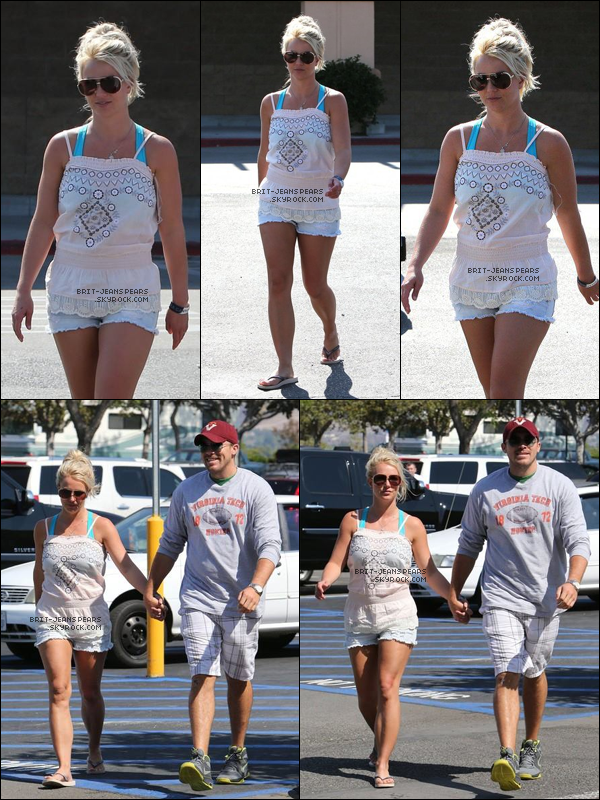 . Brit' et David ont été repérés faisant des courses chez Wal Mart à Filmore, le 04 juillet. .