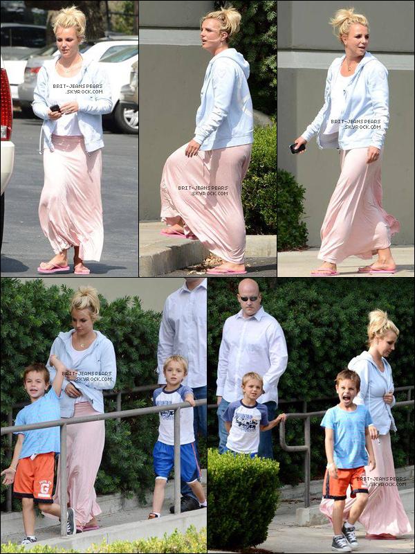 . Britney a été aperçue alors qu'elle emmenait ses fils au cinéma, le 20 juillet. .