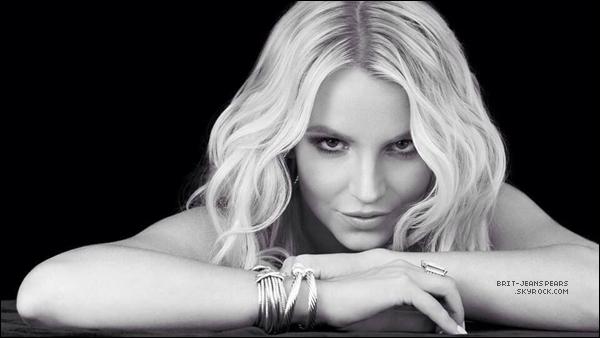 """. Découvre le photoshoot pour """"Britney Jean"""" réalisé par Michelangelo Di Battista ! ."""