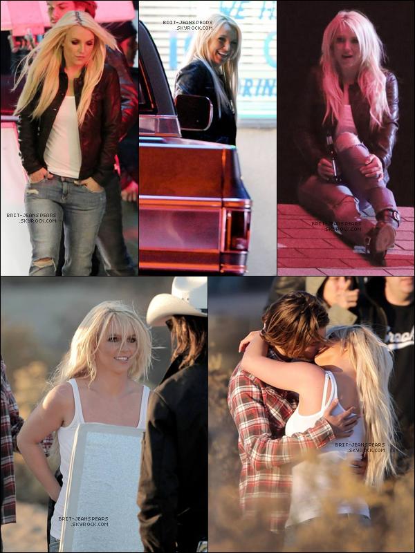 """. Britney était sur le tournage du clip de """"Perfume"""" à Los Angeles, le 19 novembre. ."""