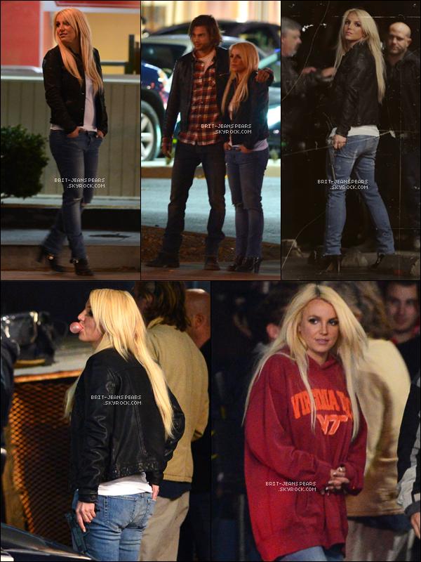 """. Brit' était de nouveau sur le tournage du clip de """"Perfume"""" à LA, le 20 novembre. ."""