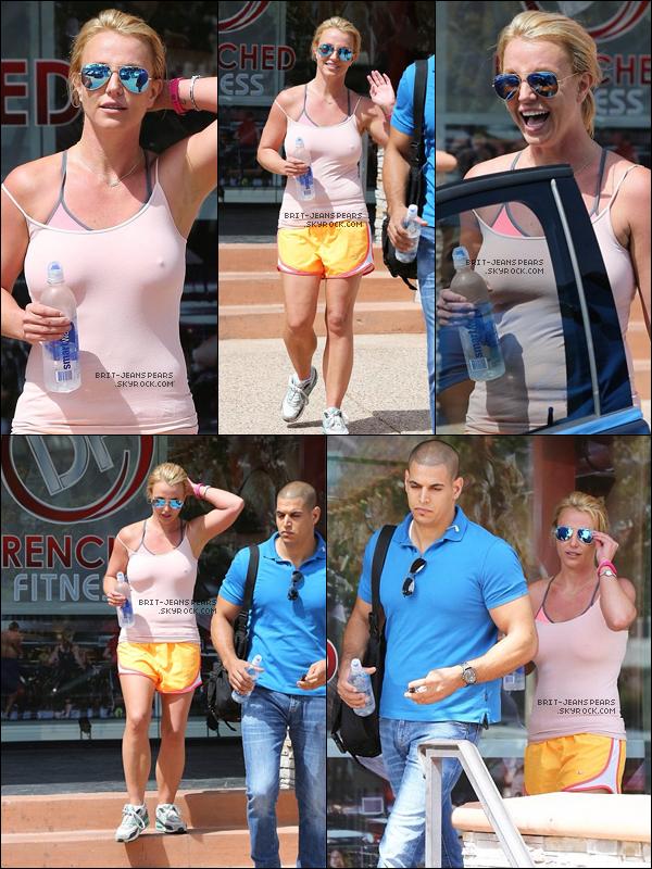 . Britney a été vue alors qu'elle quittait son cours de gym' à Thousand Oaks, le 26 juin. .