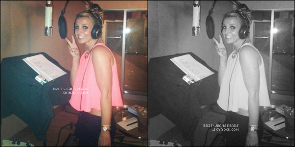 """. Nouveau tweet de Britney, accompagné d'une photo : """"En studio aujourd'hui ! Yeah !"""" ."""