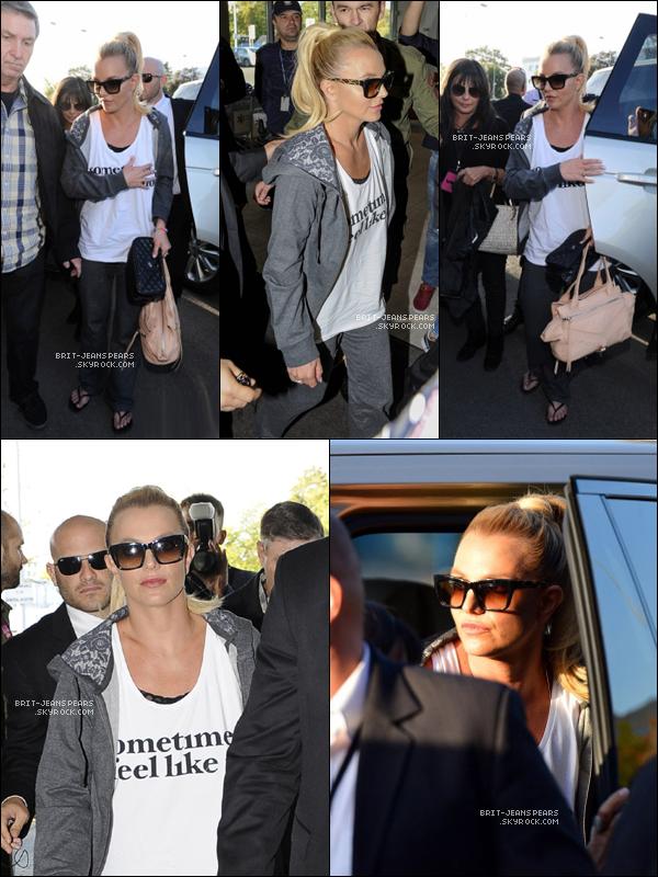 . Britney a été vue alors qu'elle retournait à l'aéroport de Varsovie, le 24 septembre. .