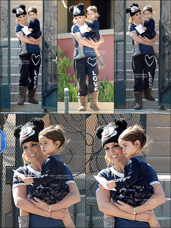 . Britney a été chercher sa nièce Lexie à l'école maternelle à LA, le 05 novembre. .