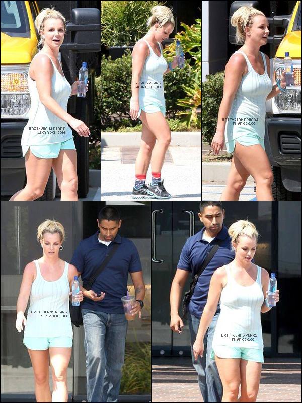 . Brit' a été repérée alors qu'elle quittait une salle de gym' à Calabasas, le 10 septembre. .