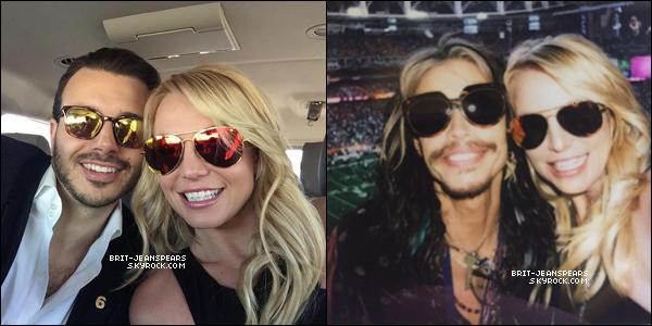 """. Britney et Charlie arrivaient au """"Super Bowl 2015"""" à Glendale, le 01 février. ."""