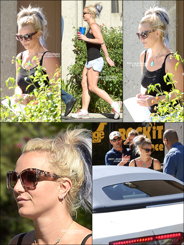 . Britney, Bryan et Lexie ont été vus quittant un studio de danse, le 10 octobre. .