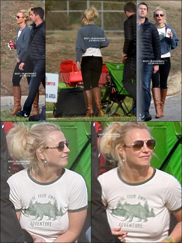 . Britney était présente au match de football de ses fils à Thousand Oaks, le 15 janvier. .
