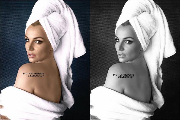 """. Découvre une nouvelle photo de Britney issue de la série """"Mario Testino Towel"""". ."""