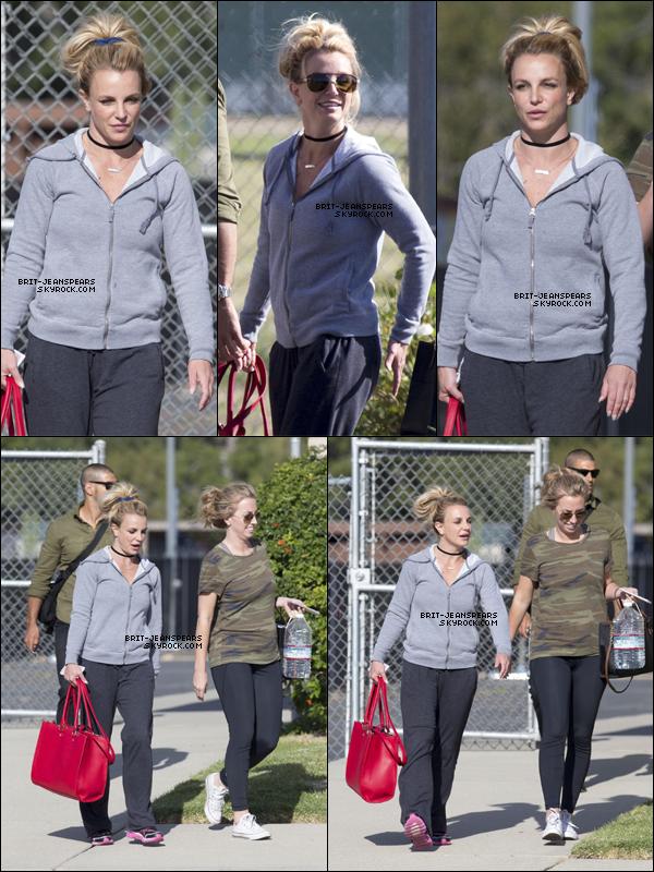 . Britney a été vue alors qu'elle quittait un studio de danse à Los Angeles, le 28 avril. .