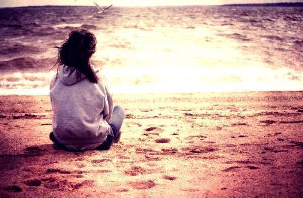 Oublie moi tu veux ? Parce que tu me fait souffrir et j'ai mal tu comprends?