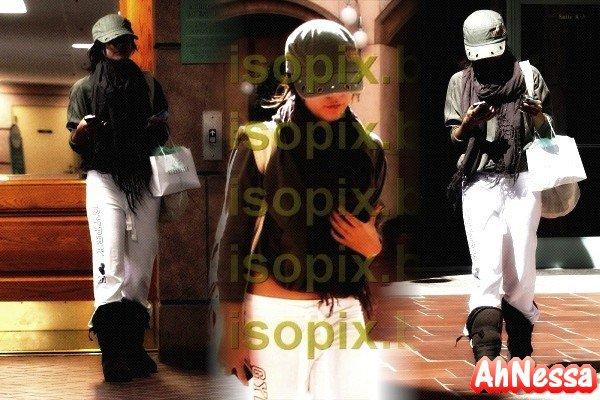 Ce mardi 11 octobre, V a été appercu alors qu'elle fesait les magasins avec Laura News // Nessa a été vue en sortant du Verabella de Beverly Hills le vdd 8 octobre.♥