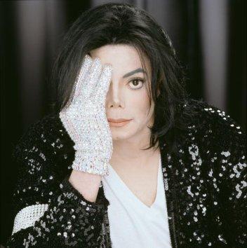Akon ne sortira pas les pistes non finalisées de Michael Jackson...