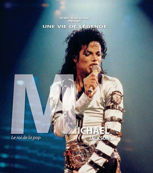 Un livre sur Michael Jackson avec votre programme Télé Star de la semaine...
