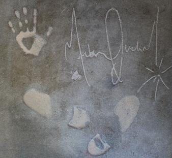"""Une dalle signée du """"Las Vegas Walk of Fame"""" mise en vente."""