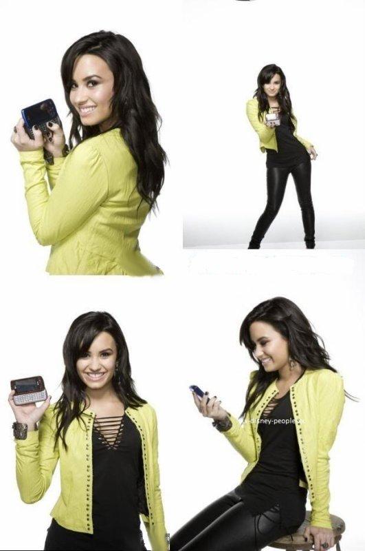 Photoshoot de Demi réalisé pendant l'été 2009, pour la marque « AT&T ». Tu aimes ?