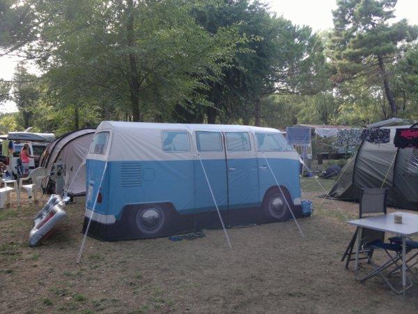 une tente particulière ....