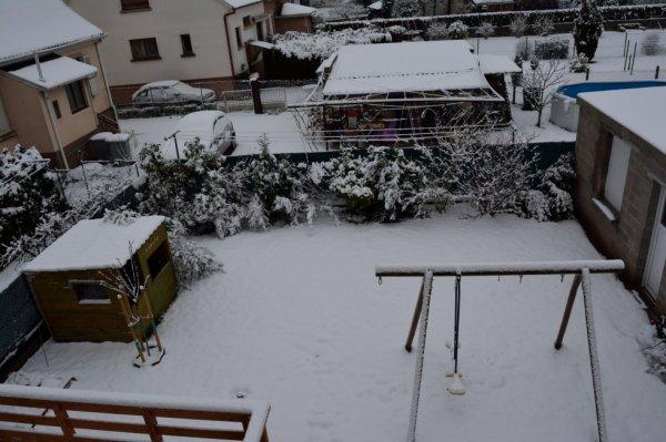 la neige est arrivée ....