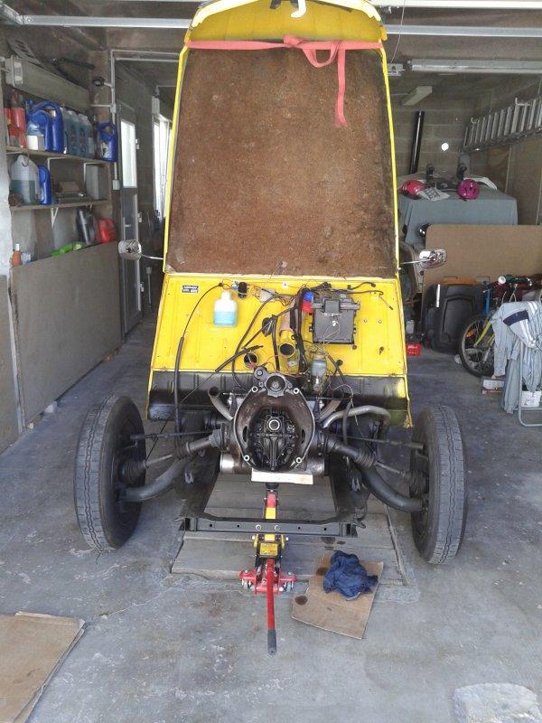 début du changement de moteur pour BZZ BZZZ