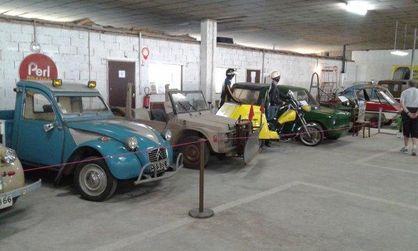aujourd'hui atelier mécanique au musée de la 2cv