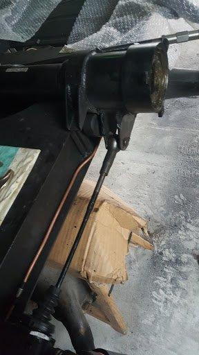suite du montage .... toujours pas sur ses roues le châssis !
