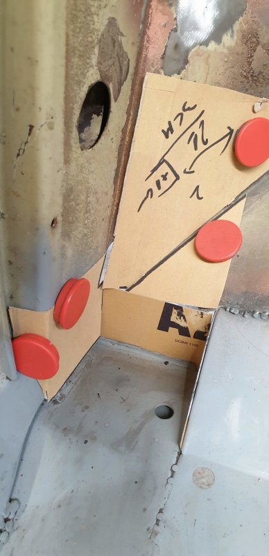 atelier carton et ciseaux