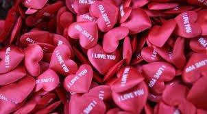 Playlist POSITIVE ATTITUDE si toi aussi t'es toute seule pour la St Valentin !