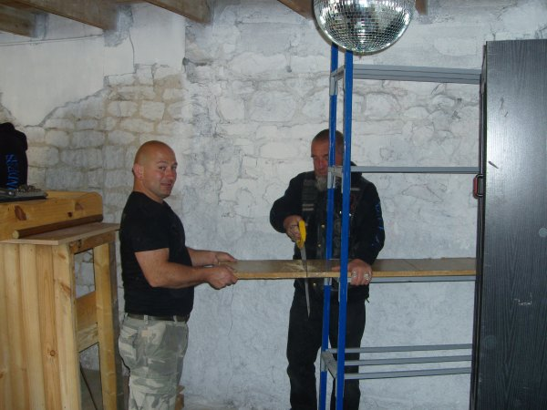 Mai 2010 - Installation du local