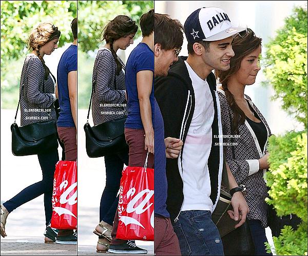28/06/2012 Eleanor et les boys ont été photographié devant leur hôtel à Atlanta.
