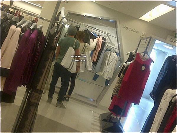 28/08/2012 Eleanor et Louis faisant su shoppping à Londres.