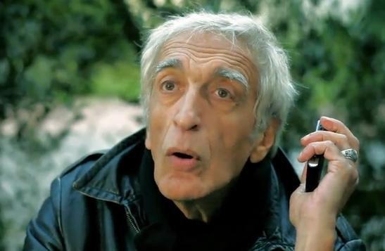 Quand Gérard Darmon jour les cyrano, c'est pour la bonne cause !