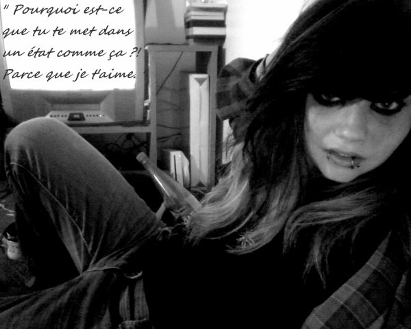 . . .   `` Shion  Yagami, 15 Y. , Moggy pour les Intimes &` Skateuse Célibataire,, . .  .