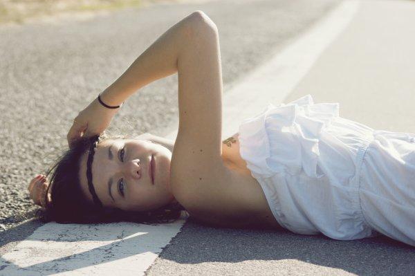 Bénissons nos désirs insatisfaits, chérissons nos rêves inaccessibles : l'envie nous maintient en vie.