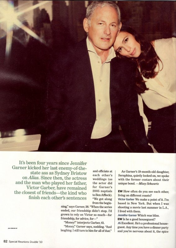 Jennifer Garner & Victor Garber - Reunited