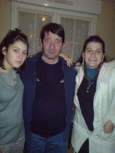 MYLENE,PAPA,CHARLENE LE 8 JANVIER 2011