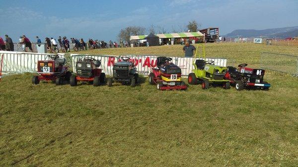 St maurice de lignon course de...tracteur tondeuse