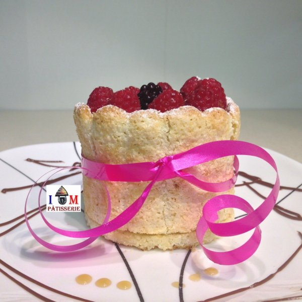 Mini Charlotte aux fruits rouge