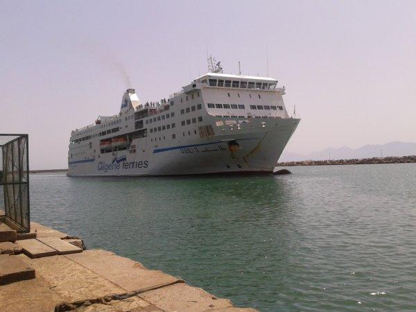 le tassili arrive au port de bejaia