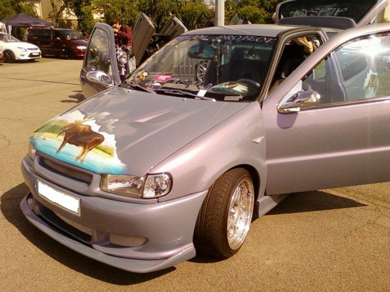 // VW POLO //