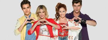 PHOTO DE LA TROUPE VIOLETTA