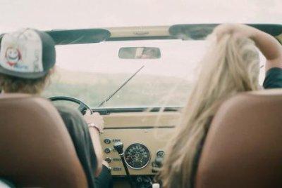 on va s'aimer encore, au travers des doutes, des travers de la route. et de plus en plus fort(L)