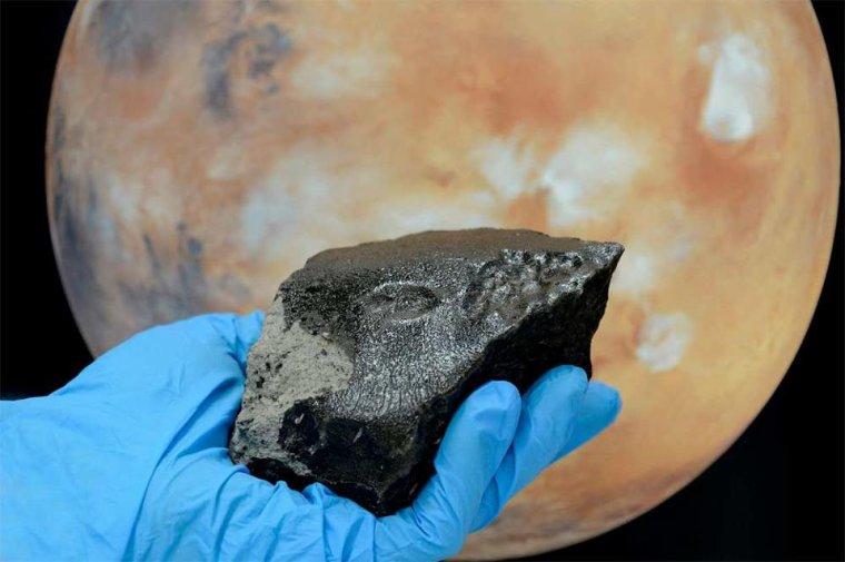 Météorite provenant de Mars