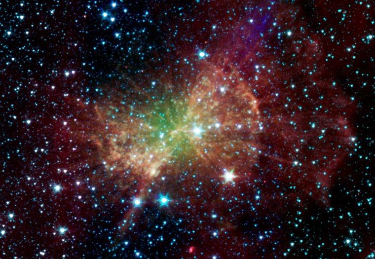 M27 = Messier 27 = Nébuleuse de l'haltère